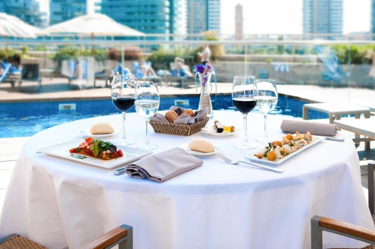 LuxeGetaways | Courtesy Hilton Diagonal Mar Barcelona - Dining