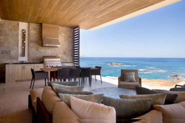 LuxeGetaways - Luxury Travel - Luxury Travel Magazine - Luxe Getaways - Luxury Lifestyle - Digital Travel Magazine - Travel Magazine - Homes that bring the outdoors in - Home and Design - Damon Banks - Chileno Bay - Living Room