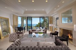 LuxeGetaways - Luxury Travel - Luxury Travel Magazine - Luxe Getaways - Luxury Lifestyle - Laguna Beach Real Estate - DeCaro Auctions - Formal Living Room