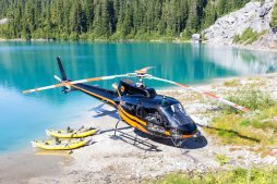 glacier-lake-kayaking