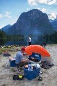 paradise-lake-heli-camping-14