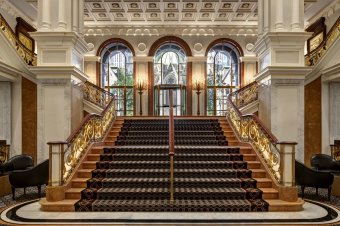 LuxeGetaways - Luxury Travel - Luxury Travel Magazine - Luxe Getaways - Luxury Lifestyle - Travel Packages - The Palace Hotel New York - Luxury Hotel Lobby