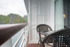 LuxeGetaways - Luxury Travel - Luxury Travel Magazine - Luxe Getaways - Luxury Lifestyle - Paradise Elegance Vietnam - River Cruise - Balcony