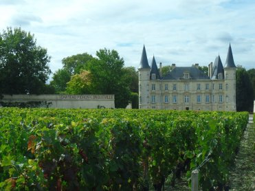 LuxeGetaways - Luxury Travel - Luxury Travel Magazine - Bordeaux Wine Getaway - Bordeaux Wine - wine travel France - Chateau Pichon Longeuville