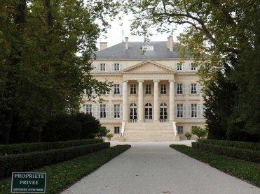LuxeGetaways - Luxury Travel - Luxury Travel Magazine - Bordeaux Wine Getaway - Bordeaux Wine - wine travel France - Chateau Margaux