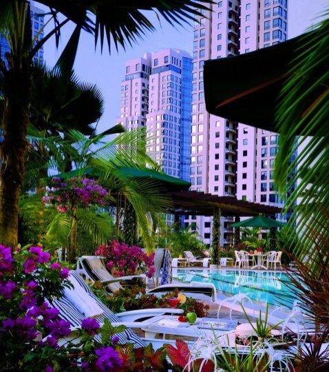 LuxeGetaways - Luxury Travel - Luxury Travel Magazine - Katie Dillon - LaJolla Mom - Family Travel - Singapore - Four Seasons Singapore