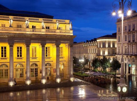 LuxeGetaways - Luxury Travel - Luxury Travel Magazine - Bordeaux Wine Getaway - Bordeaux Wine - wine travel France - Intercontental Bordeaux