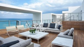 LuxeGetaways - Luxury Travel - Luxury Travel Magazine - W Hotel South Beach - e-wow penthouse - luxury penthouse suite - south beach florida - rooftop lounge