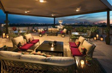 LuxeGetaways - Luxury Travel - Luxury Travel Magazine - The Breakers Palm Beach - Flagler Club Patio