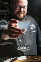 LuxeGetaways - Luxury Travel - Luxury Travel Magazine - Bob Peters - The Ritz Carlton Charlotte - The Punch Room