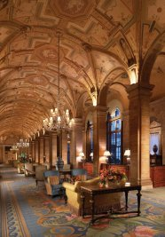 LuxeGetaways - Luxury Travel - Luxury Travel Magazine - The Breakers Palm Beach - Lobby