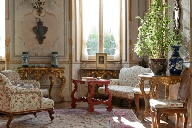 LuxeGetaways - Luxury Travel - Luxury Rental Villa - Luxury Villas - Villa Sola Cabiati - Living Room
