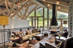 LuxeGetaways_Chedi-Andermatt_Switzerland_Slimming-Wellness-Retreat_Club-House-Lounge