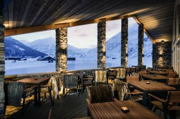 LuxeGetaways_Chedi-Andermatt_Switzerland_Slimming-Wellness-Retreat_Club-House-Terrace