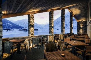 LuxeGetaways_Chedi-Andermatt_Switzerland_Slimming-Wellness-Retreat_Club-House-Terrace