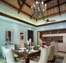 LuxeGetaways_Jumeirah-Vittaveli_Royal-Residence_Kitchen