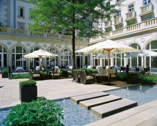 LuxeGetaways_RockStar-Hotels_Luxury-Travel_Hospitality