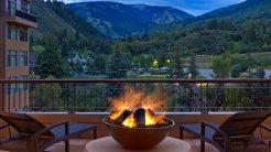 LuxeGetaways_Westin-Riverfront-Resort-Spa_Beaver-Creek-Mountain_Fire-Pit