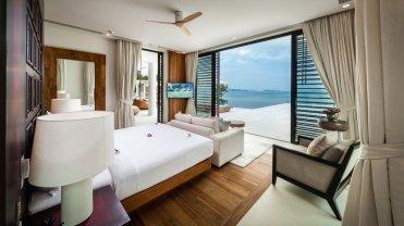 LuxeGetaways_Villa-Amarapura-Phuket_Luxury-Villa-Rentals_bedroom-with-view