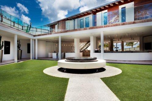 LuxeGetaways_Villa-Rockstar_Eden-Rock_Luxury-Villa-Rentals
