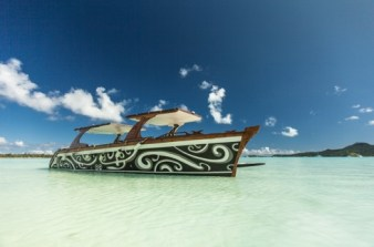 LuxeGetaways - Luxury Travel - Luxury Travel Magazine - Luxe Getaways - Luxury Lifestyle - St Regis Bora Bora - Starwood Bora Bora - Marriott Bora Bora - Overwater Villa - Snorkeling