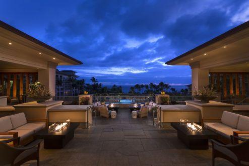 LuxeGetaways - Luxury Travel - Luxury Travel Magazine - Luxe Getaways - Luxury Lifestyle - The Ritz Carlton Kapalua - Maui - Hawaii - Luxury Hotel Maui - patio