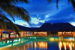 LuxeGetaways - Luxury Travel - Luxury Travel Magazine - Luxe Getaways - Luxury Lifestyle - St Regis Bora Bora - Starwood Bora Bora - Marriott Bora Bora - Overwater Villa - Lagoon Restaurant - Jean Georges