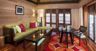 LuxeGetaways - Luxury Travel - Luxury Travel Magazine - Luxe Getaways - Luxury Lifestyle - St Regis Bora Bora - Starwood Bora Bora - Marriott Bora Bora - Overwater Villa - living room