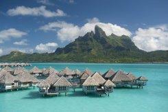 LuxeGetaways - Luxury Travel - Luxury Travel Magazine - Luxe Getaways - Luxury Lifestyle - St Regis Bora Bora - Starwood Bora Bora - Marriott Bora Bora - Overwater Villa - Blue Water