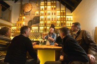 LuxeGetaways - Luxury Travel - Luxury Travel Magazine - Luxe Getaways - Luxury Lifestyle - Luxury Villa Rentals - Affluent Travel - Single Malt - Whiskey Tour Scotland - Tricia Conover - Spirit of Speyside