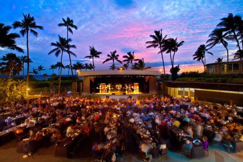 LuxeGetaways - Luxury Travel - Luxury Travel Magazine - Luxe Getaways - Luxury Lifestyle - 18 Nighttime Travel Experiences - Hotel Nighttime Experiences - Hilton Waikoloa Luao - Big Island Hawaii