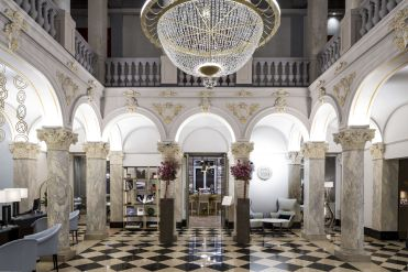 LuxeGetaways - Luxury Travel - Luxury Travel Magazine - Luxe Getaways - Luxury Lifestyle - LuxeGetaways_Ritz-Carlton Geneva_Marriott-International_Hotel-De-La-Paix - Luxury Hotel - Hotel Opening - Europe Luxury Hotel - Swiss Hotel - Lobby