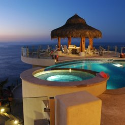 LuxeGetaways - Luxury Travel - Luxury Travel Magazine - Luxe Getaways - Luxury Lifestyle - Luxury Villa Rentals - Villas with Forever Views - Luxe Villas - Luxury Rentals - Mexico - Villa Penasco - Pedregal - Cabo San Lucas - Pool and View
