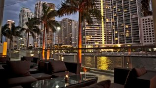 LuxeGetaways - Luxury Travel - Luxury Travel Magazine - Luxe Getaways - Luxury Lifestyle - 18 Nighttime Travel Experiences - Hotel Nighttime Experiences - Zuma Miami Terrace