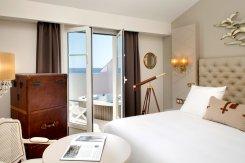 LuxeGetaways - Luxury Travel - Luxury Travel Magazine - Luxe Getaways - Luxury Lifestyle - Hilton - Curio Collection - Curio DNA Gene Quiz - Curio by Hilton - Sablettes Plage