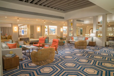 LuxeGetaways - Luxury Travel - Luxury Travel Magazine - Luxe Getaways - Luxury Lifestyle - Atlantis Paradise Island - Bahamas - Caribbean - Coral Towers Lobby