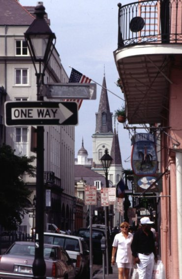 LuxeGetaways - Luxury Travel - Luxury Travel Magazine - Luxe Getaways - Luxury Lifestyle - New Orleans - Louisiana