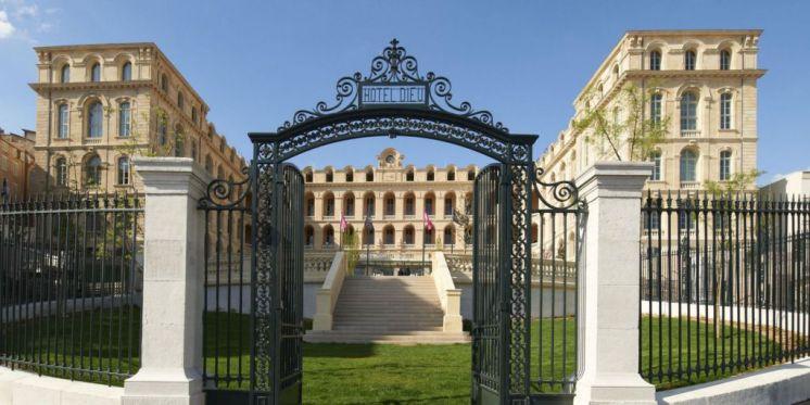 LuxeGetaways - Luxury Travel - Luxury Travel Magazine - Luxe Getaways - Luxury Lifestyle - Marseille - Romantic Getaway - InterContinental hotel Dieu
