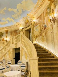 LuxeGetaways - Luxury Travel - Luxury Travel Magazine - Luxe Getaways - Luxury Lifestyle - Perrine New York - Dining - Luxury New York - Pierre Hotel New York