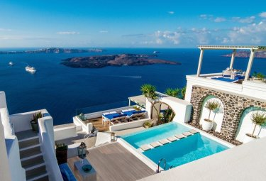 LuxeGetaways - Luxury Travel - Luxury Travel Magazine - Luxe Getaways - Luxury Lifestyle - Bespoke Travel - Iconic Santorini - Precise Hospitality Management - Jim St. John