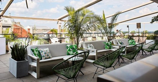 LuxeGetaways - Luxury Travel - Luxury Travel Magazine - Luxe Getaways - Luxury Lifestyle - Bespoke Travel - Montreal Brunch - Montreal Happy Hour - Montreal Patios