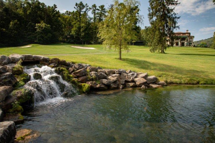LuxeGetaways - Luxury Travel - Luxury Travel Magazine - Luxe Getaways - Luxury Lifestyle - Bespoke Travel - The Omni Homestead Resort Virginia - Golf Omni