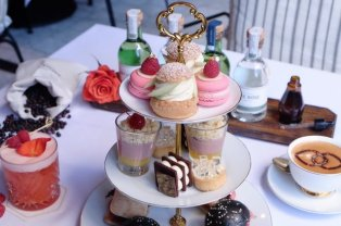 LuxeGetaways - Luxury Travel - Luxury Travel Magazine - Luxe Getaways - Luxury Lifestyle - Bespoke Travel - Afternoon Tea - Sydney - Sofitel Sydney