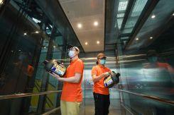 LuxeGetaways - Luxury Travel - Luxury Travel Magazine - Luxe Getaways - Luxury Lifestyle - Hong Kong International Airport - Covid 19 Airport Precautions
