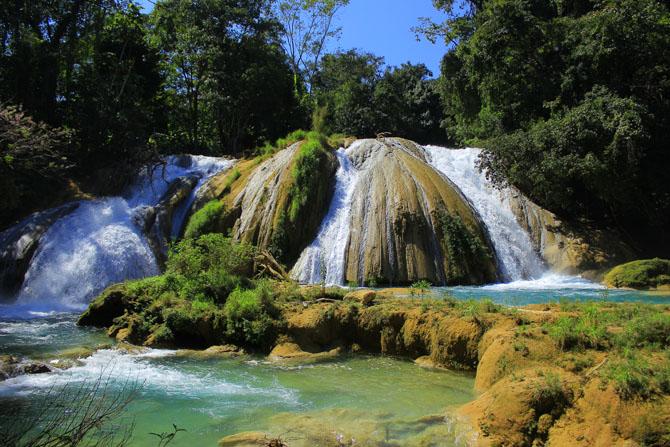 Agua Azula Waterfalls A Splendid Natural Beauty near Chiapas 1