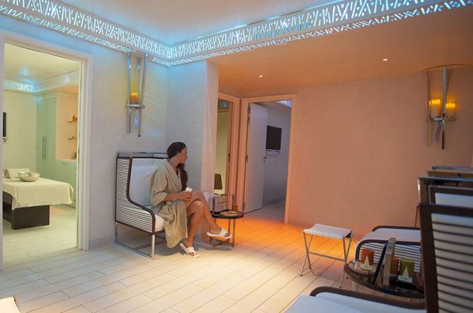Best Spas in Cannes Spa by Cinq Mondes & Carita