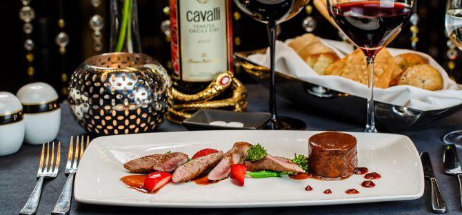 Cavalli Club Dubai An Enchanting Evening Awaits 6