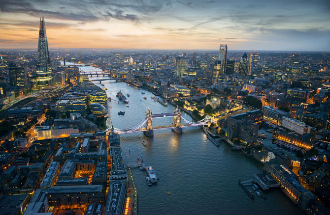 London Top Travel Experience the View from the Shard 3