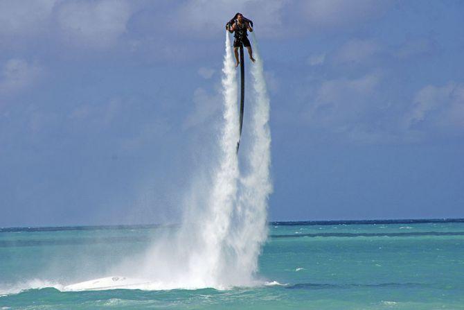 Top Five Beaches in Antigua Dickenson Bay