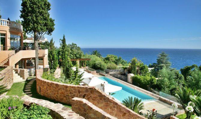 World Class Hotels in Cannes Tiara Yaktsa 1
